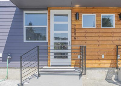 Exterior view of The Cottages at Greenlake by New Home Builder Seattle: New Image Construction Management